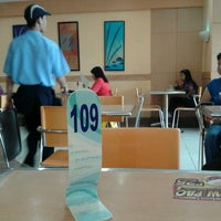 Photo taken at Chowking by cLaiRe L. on 10/2/2012