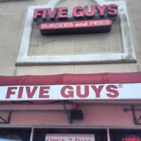 Photo taken at Five Guys by Hasan A. on 2/19/2013