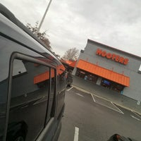 Photo taken at Hooters by Jill H. on 12/5/2016