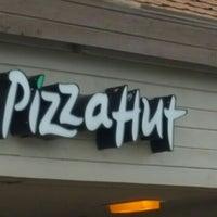 Photo taken at Pizza Hut by Bill B. on 7/6/2016
