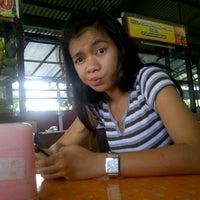 Foto tirada no(a) Sentra PKL Wiyung por ferdi y. em 10/19/2012