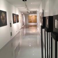Снимок сделан в Ural Vision Gallery пользователем Agata I. 12/20/2012