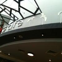 1/16/2013 tarihinde Yasemin B.ziyaretçi tarafından Kule Cafe & Brasserie'de çekilen fotoğraf