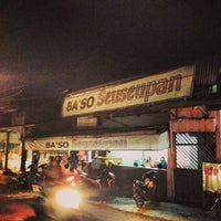 Photo taken at Baso Seseupan Gadog by Hendrick S. on 12/25/2013