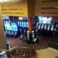 Foto tirada no(a) Casino del Hipódromo de Palermo por Fer B. em 2/16/2013