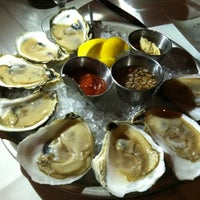 Photo prise au Mare Oyster Bar par Loretta le1/18/2013