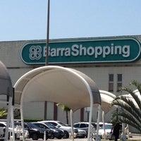 Foto tirada no(a) BarraShopping por Renatinha L. em 12/4/2012