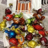 Photo taken at Chocolates Brasil Cacau by Renatinha L. on 1/31/2013