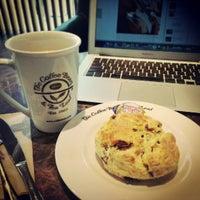 Photo prise au The Coffee Bean & Tea Leaf par Pao d. le4/8/2013
