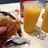 Photo taken at McDonald's by Oscar V. on 11/25/2012