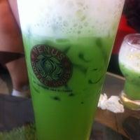 Photo taken at Venus Coffee House by Phoomjiina on 6/5/2013