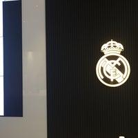 Photo taken at Oficinas de Presidencia Estadio Santiago Bernabéu by Abdul on 2/17/2017