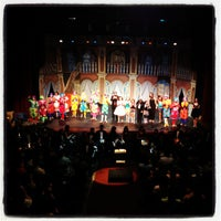 Photo taken at Teatro Municipal de Limeira by Andreza Z. on 10/19/2012