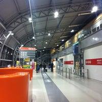 Foto diambil di Warsaw-Modlin Airport oleh Agn P. pada 12/2/2012