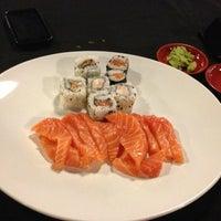 Foto tirada no(a) Nikkey Sushi Bar e Petiscaria por Gabriel C. em 5/24/2013