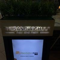 12/16/2016 tarihinde Rafhael L.ziyaretçi tarafından The Sandwich Guy'de çekilen fotoğraf