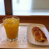 Photo taken at ヴィドフランス 横川店 by せっ つ. on 6/15/2013