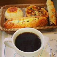 Photo taken at ヴィドフランス 横川店 by せっ つ. on 12/11/2014
