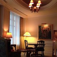 Photo taken at Hotel The Manhattan by Jasmine A. on 6/10/2013