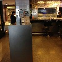 Foto tomada en El Café de la Opera por Luis C. el 11/10/2012