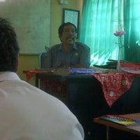 Photo taken at SMA Negeri 16 Surabaya by Fitria Putri R. on 10/1/2012