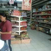 Photo taken at Comercial Gourmet Orientales - mercado chino by Luis Enrique B. on 11/12/2012