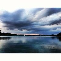 10/27/2012 tarihinde Wei Han K.ziyaretçi tarafından Bedok Reservoir Park'de çekilen fotoğraf