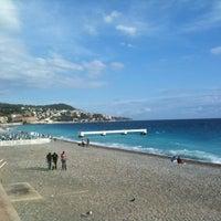 รูปภาพถ่ายที่ Promenade des Anglais โดย Davide B. เมื่อ 10/14/2012