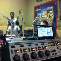 Photo taken at Radio Metropolitana FM by Jefferson Cunha on 3/8/2014
