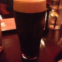 Das Foto wurde bei Rí Rá Irish Pub von Andy R. am 2/22/2014 aufgenommen