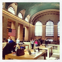 Photo taken at Apple Grand Central by Naoki T. on 5/3/2013
