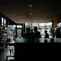Foto tirada no(a) The Coffee Studio por It's A Major Plus em 6/19/2016