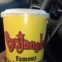 Photo taken at Bojangles' Famous Chicken 'n Biscuits by Earo J. on 11/7/2013