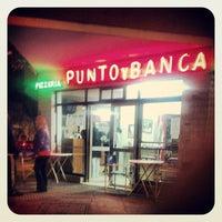 Photo taken at Punto y Banca by Pablo Martín F. on 7/4/2013