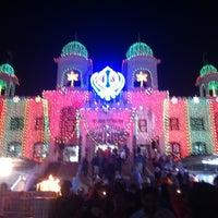 Photo taken at Gurudwara Gobinddham by Im R. on 11/28/2012