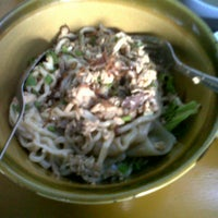 Photo taken at Mie Ayam KD by Rasya D. on 6/23/2013