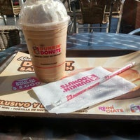 Photo taken at Dunkin Donuts by Miko Alejo C. on 4/30/2014