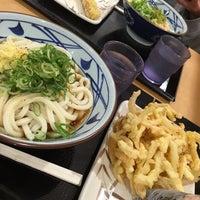 Photo taken at Marugame Seimen by raul0318 on 6/19/2016