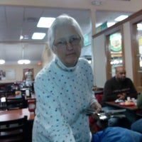 Foto diambil di Golden Corral oleh D B. pada 2/11/2014