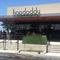 Снимок сделан в Hopdoddy Burger Bar пользователем Katie G. 6/6/2013