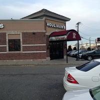 Photo taken at Houlihan's by Craig W. on 3/14/2013