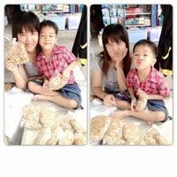 Photo taken at ตลาดสดสีคิ้ว by Bum N. on 10/12/2012
