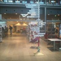 Photo taken at Sellon kirjasto by A. T. on 11/13/2012