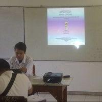 Photo taken at Ruang Seminar Jurusan Matematika FMIPA Unhas by Tri H. on 9/13/2013