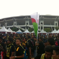 Photo taken at Stadium Nasional Bukit Jalil Car Park by Fiqy S. on 11/25/2012
