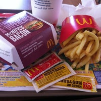 Photo taken at McDonald's by Edgard M. on 2/9/2013