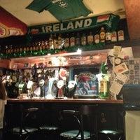 Снимок сделан в Harat's Pub пользователем Юлия Ш. 11/4/2012