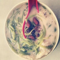 Photo taken at Restaurant Ansari Famous Cendol by Kenny T. on 9/29/2012