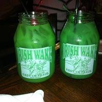 Das Foto wurde bei McGuire's Irish Pub von Autumn H. am 3/12/2013 aufgenommen