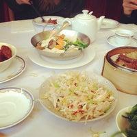 Photo taken at Fisherman's Terrace Seafood 釣魚台海鮮酒家 by Jennifer C. on 3/29/2013